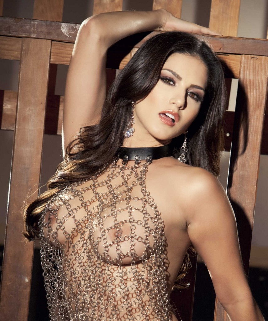 Sunny Leone Naked Unchained With Video